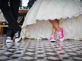 jak vybrat svatební oznámení
